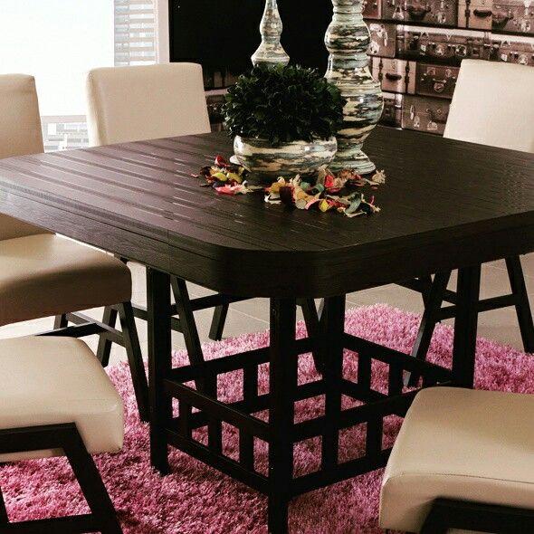 #Comedores #diseño #moda #muebles #color #sillas #jarrones