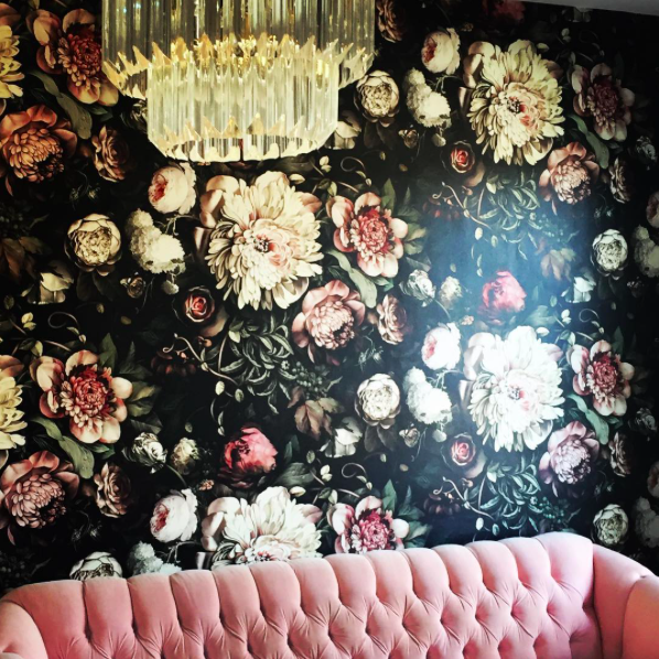 Layering on the #love for our @hornsbyn so many #meanttobe #moments every step of the way with this #beautiful #lovefilled home....Taking the lead on this #passionproject install @globesupply deft hand and discerning eye and heart #eurotrashstyle #eurotrashdesign #lucitechandelier #tufted #velvet #huge #blooms #wallpaper #gobold