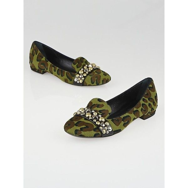 Pre-owned Louis Vuitton Army Green Leopard Print Pony Hair Studded... ($355) ❤ liked on Polyvore featuring shoes, flats, flat shoes, flat pumps, louis vuitton flats, leopard calf hair flats and leopard loafers