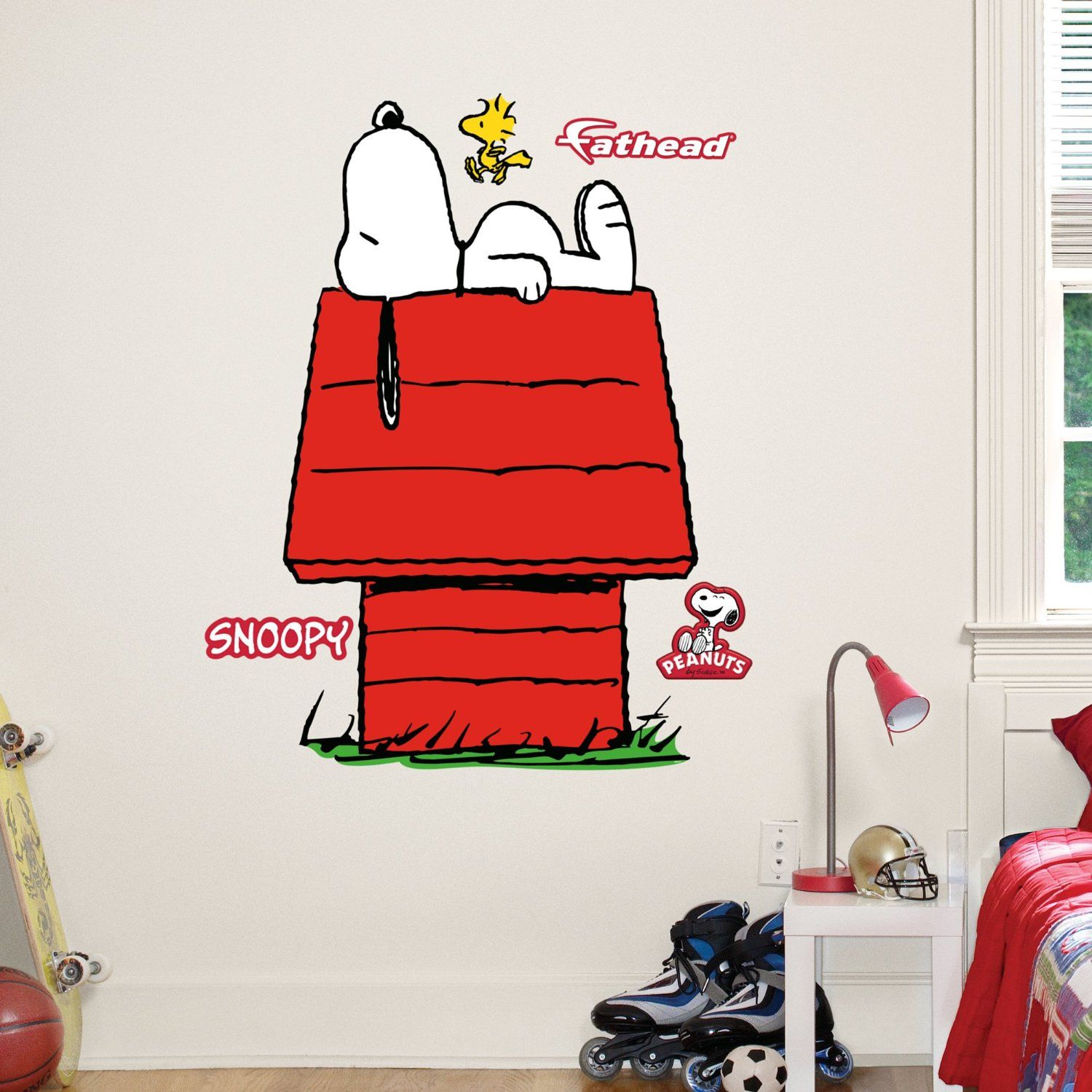 amazon com fathead junior wall decal peanuts snoopy on wall stickers id=82006