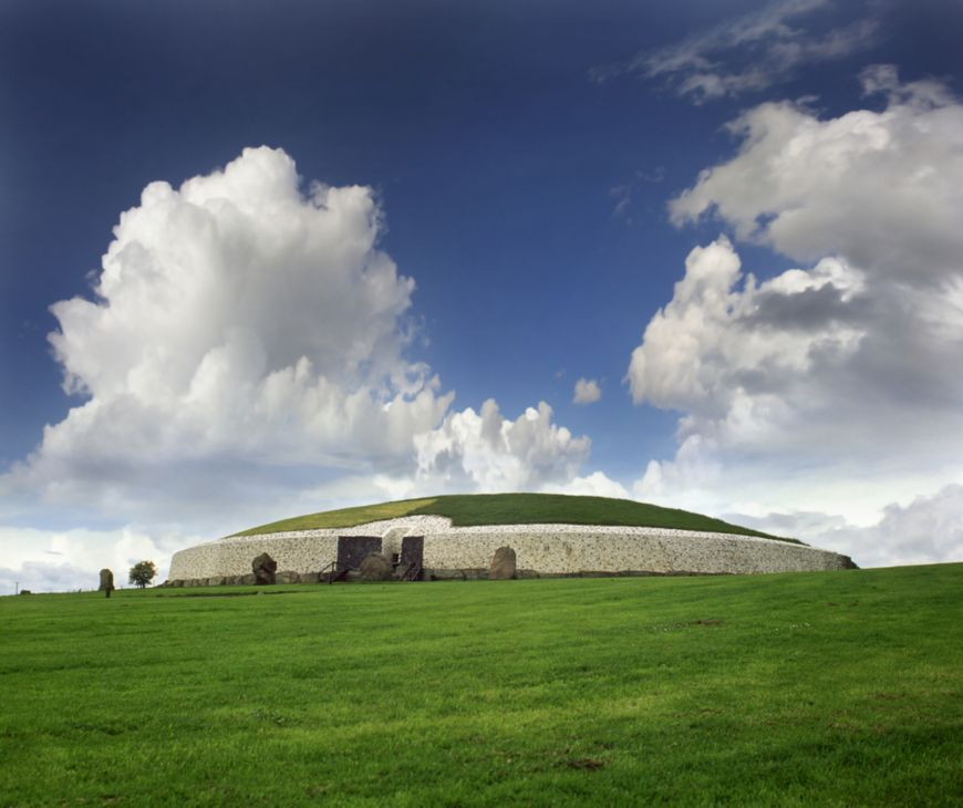 Mysterious Places Stonehenge: Newgrange. This Is The Ultimate 2017 Travel Bucket List