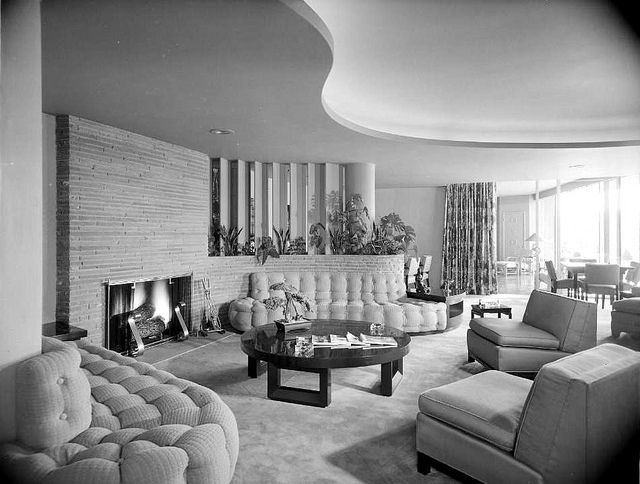 Lilien Aaron Residence Living Room Los Angeles Ca 1946 Mid Century Modern House Mid Century House Retro Living Rooms