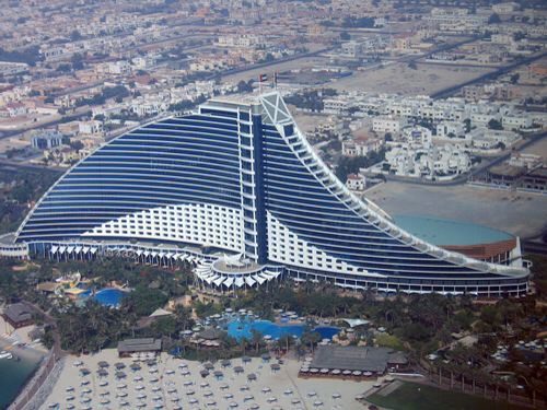 Modern Architecture Hotel jumeirah beach hotel. well thought structure. modern architecture