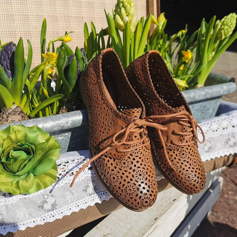 Witam W Poswiateczny Poranek Slonce Swieci Az Milo Milego Pozytywnego Dnia Dla Wszystkich Jestesmy Dzisiaj W Skle Womens Oxfords Oxford Shoes Shoes
