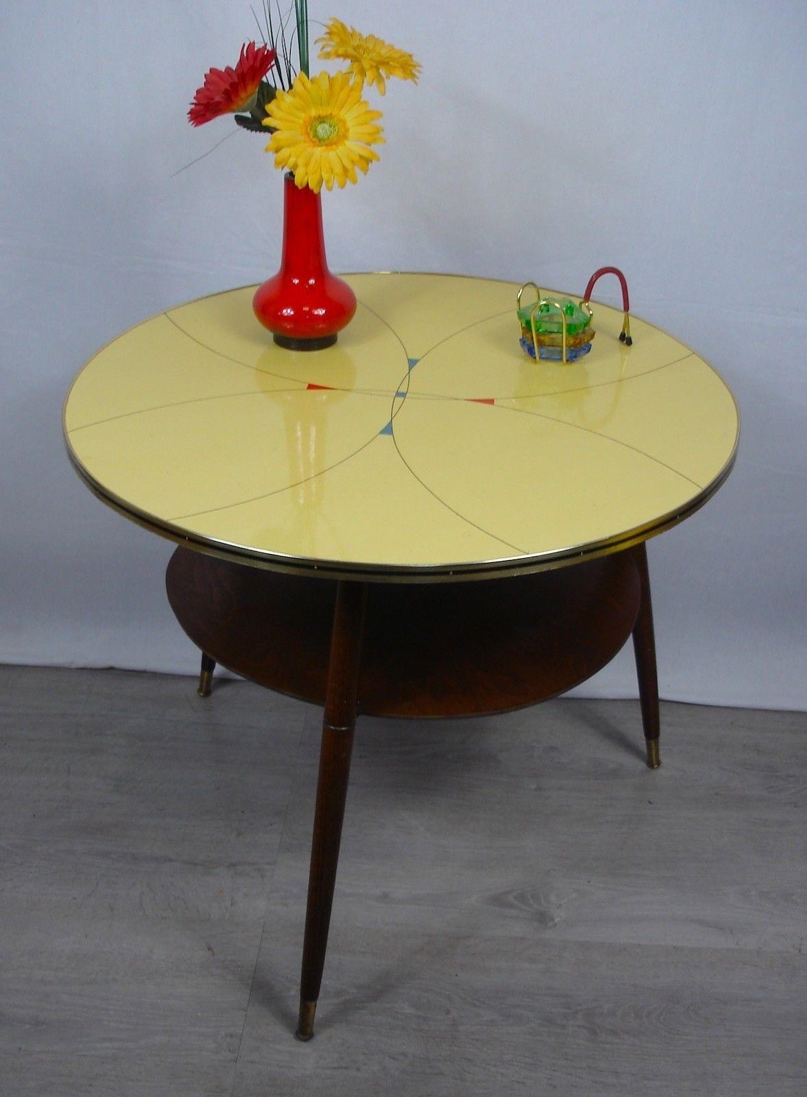 50er Cocktail Tisch Couchtisch rund mit Ablage, gelbes Resopal ...