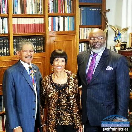 ‪#‎TBT‬ and Happy Birthday to Bishop T.D. Jakes!! ‪#‎WeLoveYou‬
