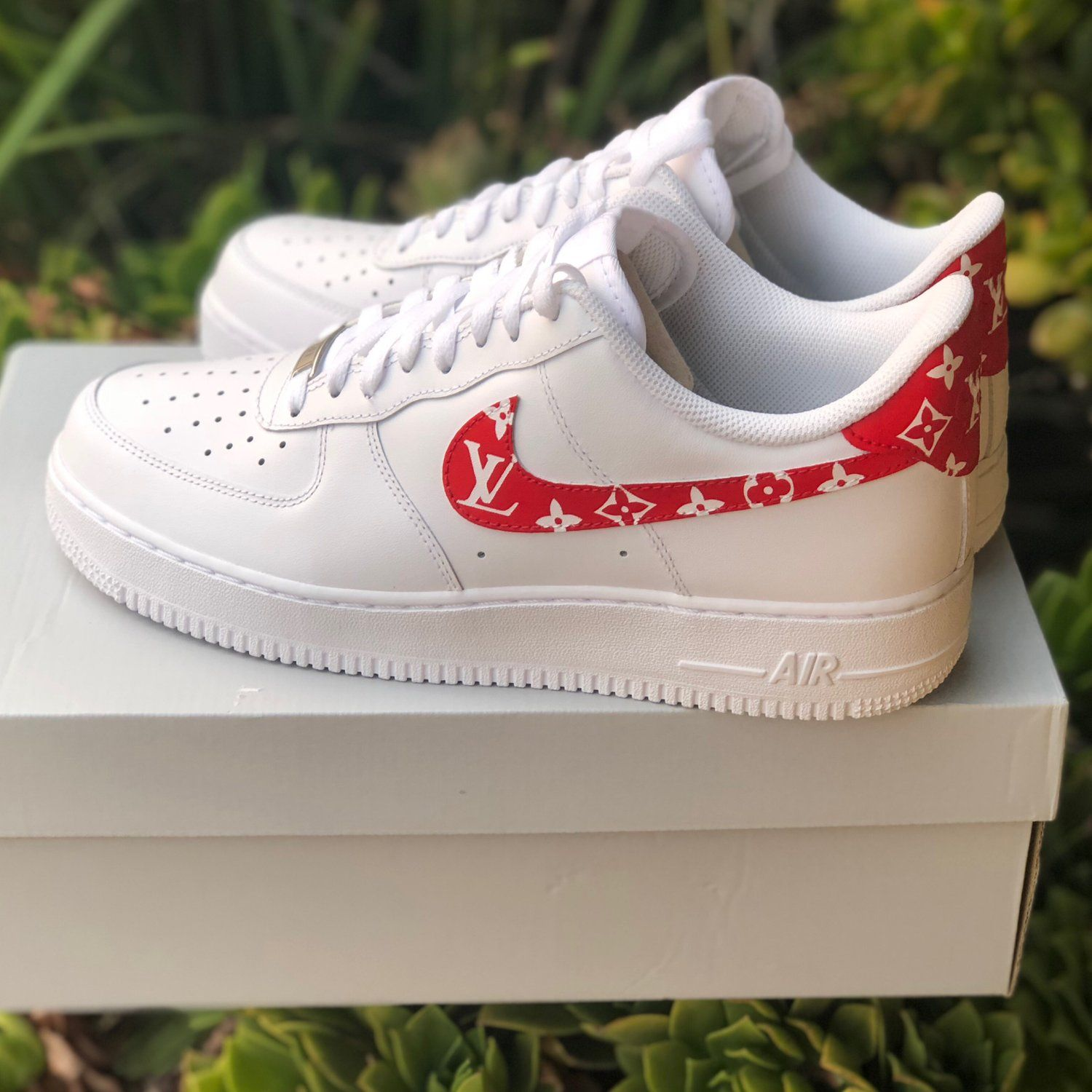 "Image of Air Force 1 ""Supreme Louis Vuitton"" (with back"