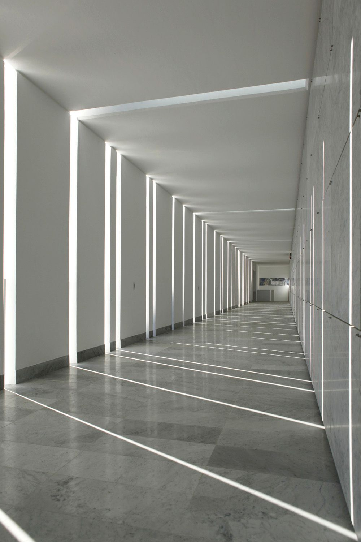 leise architektur friedhofserweiterung in italien architectural bliss pinterest. Black Bedroom Furniture Sets. Home Design Ideas
