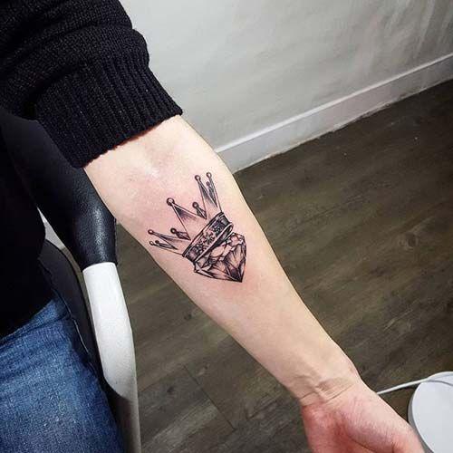 crown tattoo with diamond elmaslı taç dövmesi | t á t ś