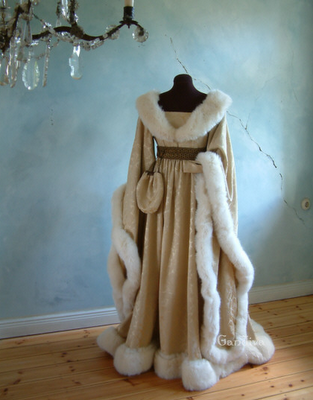 A midieval winter wear, front view.
