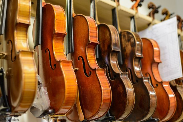 Carl Becker & Sons by solarnu on Flickr.A través de Flickr:  Historic Violin Repair Shop in Chicago.