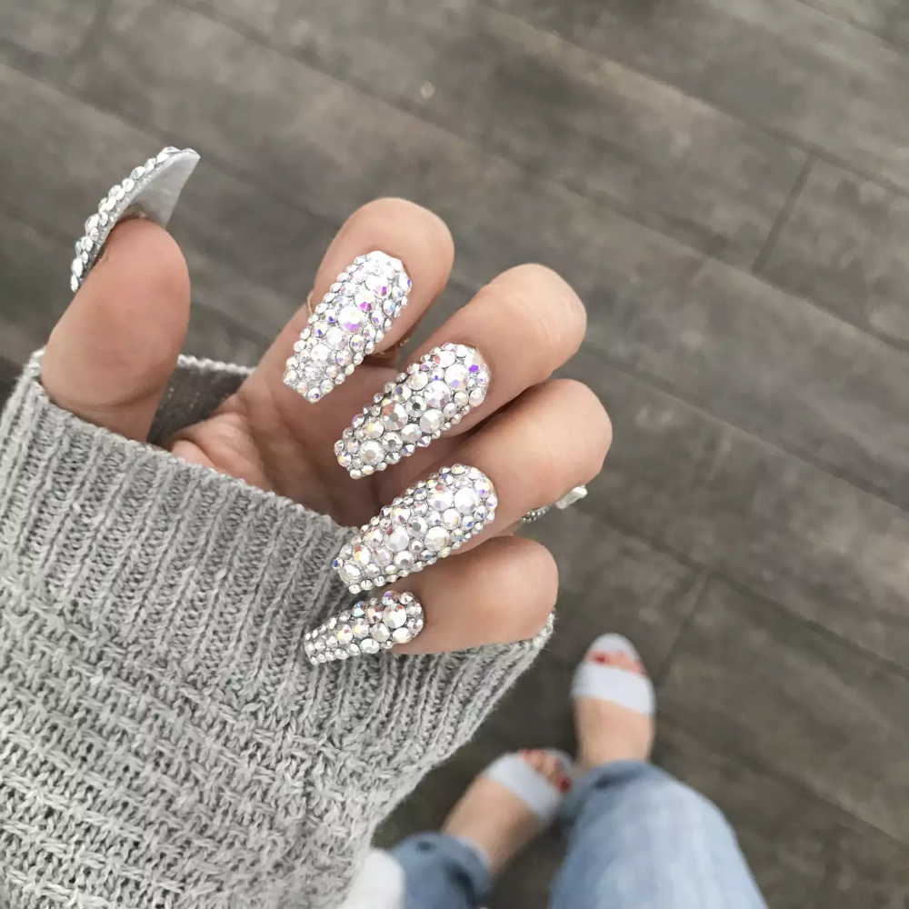 The 8 Best Press On Nails For The Easiest Diy Mani Ever In 2020 Glue On Nails Wedding Acrylic Nails Bridal Nails