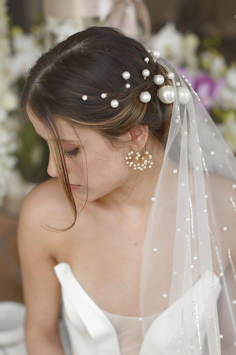 Bridal hair pins pearl Wedding Head piece Swarowski Bobby pin hair trend Wedding hair pin Bridal hair piece wedding hair accessories