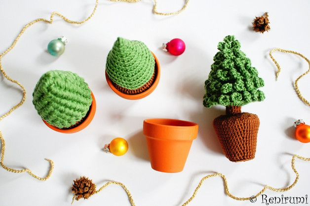 kleiner tannenbaum im topf chiccie kleiner tannenbaum mit glitzer im topf 34cm minibaum deko w. Black Bedroom Furniture Sets. Home Design Ideas