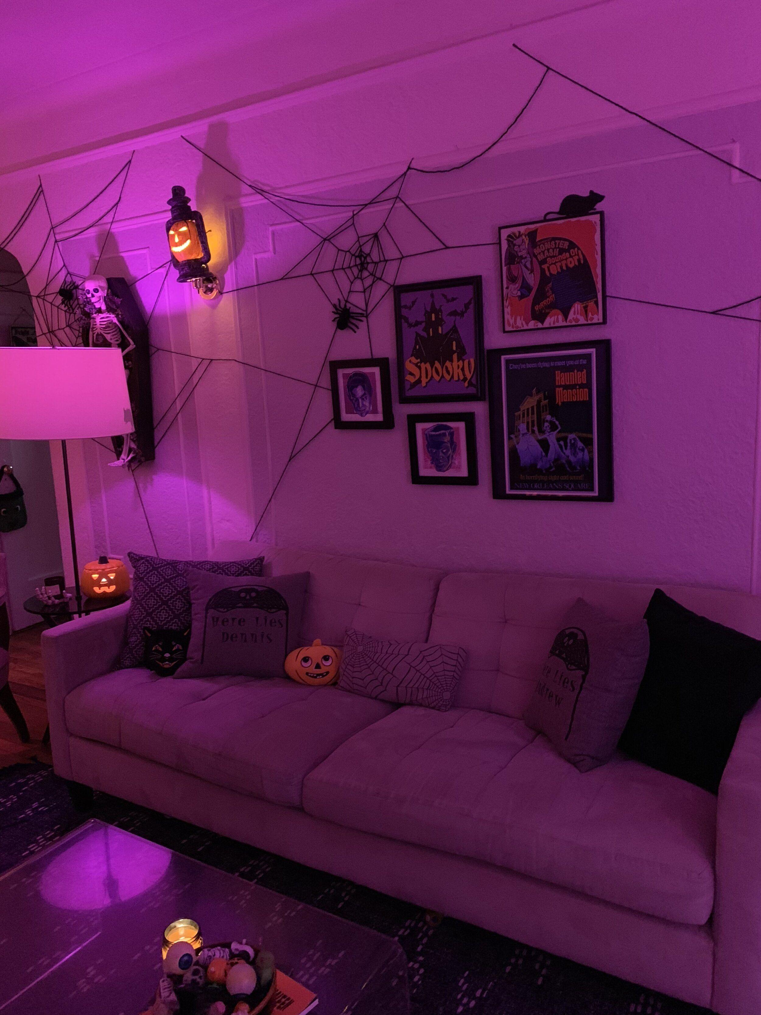 Vampirina Halloween Party 2020 Ny Halloween Apartment Tour 2019 — Crafty Lumberjacks in 2020 | Diy