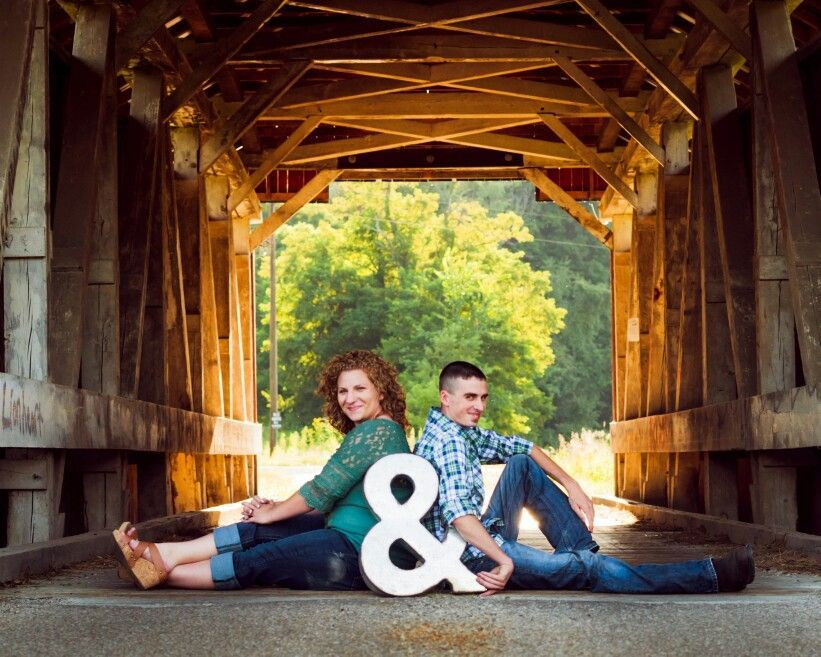 Covered bridge engagement pictures -  Covered bridge engagement pictures  - #Bridge #Covered #Engagement #EngagementPhotosclassy #EngagementPhotosindian #EngagementPhotoswoods #formalEngagementPhotos #naturalEngagementPhotos #pictures #plussizeEngagementPhotos #rusticEngagementPhotos #whattowearforEngagementPhotos