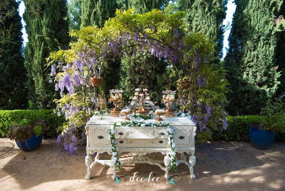 Vintage Garden Wedding Party Ideas | Vintage gardening
