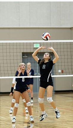 Pin By Emme Bearden On Volleyball Women Volleyball Volleyball Team Pictures Volleyball Pictures