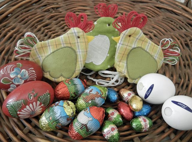 Easter egg hide away craft ideas pinterest quilt bags and easter egg hide away negle Gallery