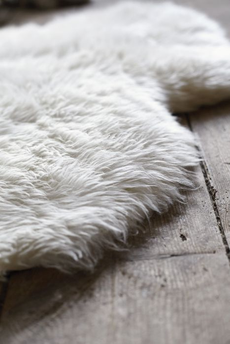LUDDE Schapenvacht ecru wit in 2019  Textiel  Ikea