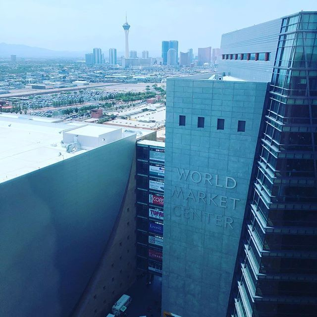 Home Staging Trends: A Hot #Lasvegas Afternoon- Glad That We Get To Spend It