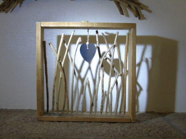 Cadre étagère en bois de palette et bois flotté  Décorations