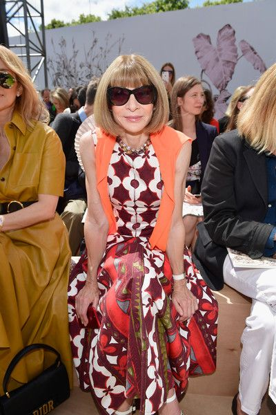 d4f56bc78cfb Anna Wintour Photos Photos - Anna Wintour attends the Christian Dior Haute  Couture Fall/Winter 2017-2018 show as part of Haute Couture Paris Fashion  Week on ...