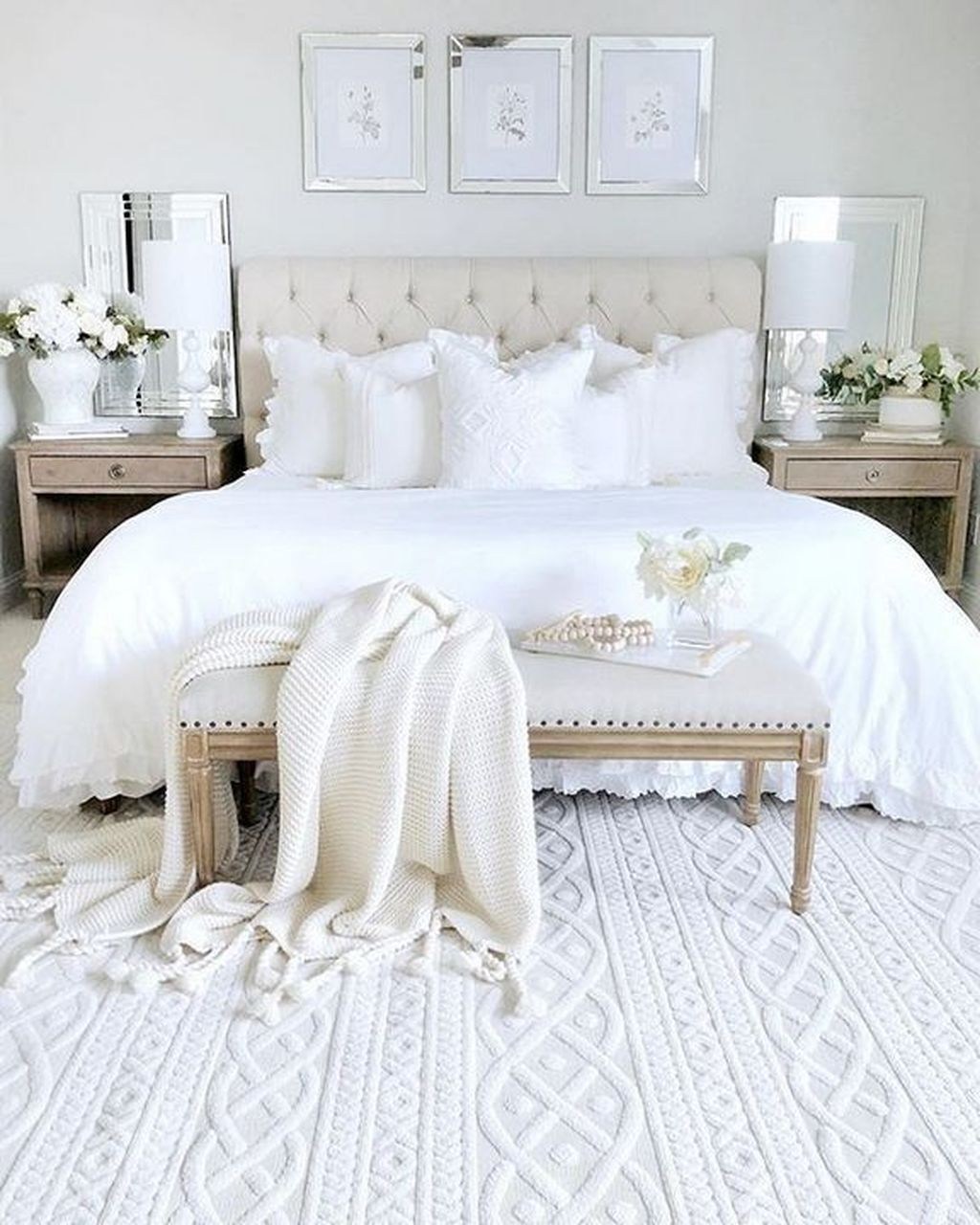 32 Perfect White Bedroom Ideas To Get Elegant Accent Belihouse Com White Master Bedroom Master Bedrooms Decor Bedroom Interior Elegant white bedroom ideas