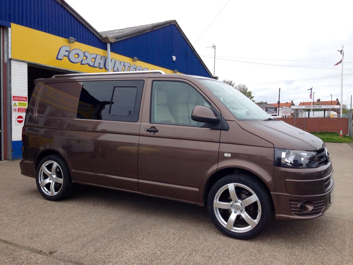 Vw T5 Transporter Fitted With 20 Riva Fwd Hypersilver Also Available In Gloss Black Vw T5 Transporter T5 Fwd