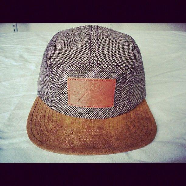 Nuevas gorras de la nueva marca de Chris Brown