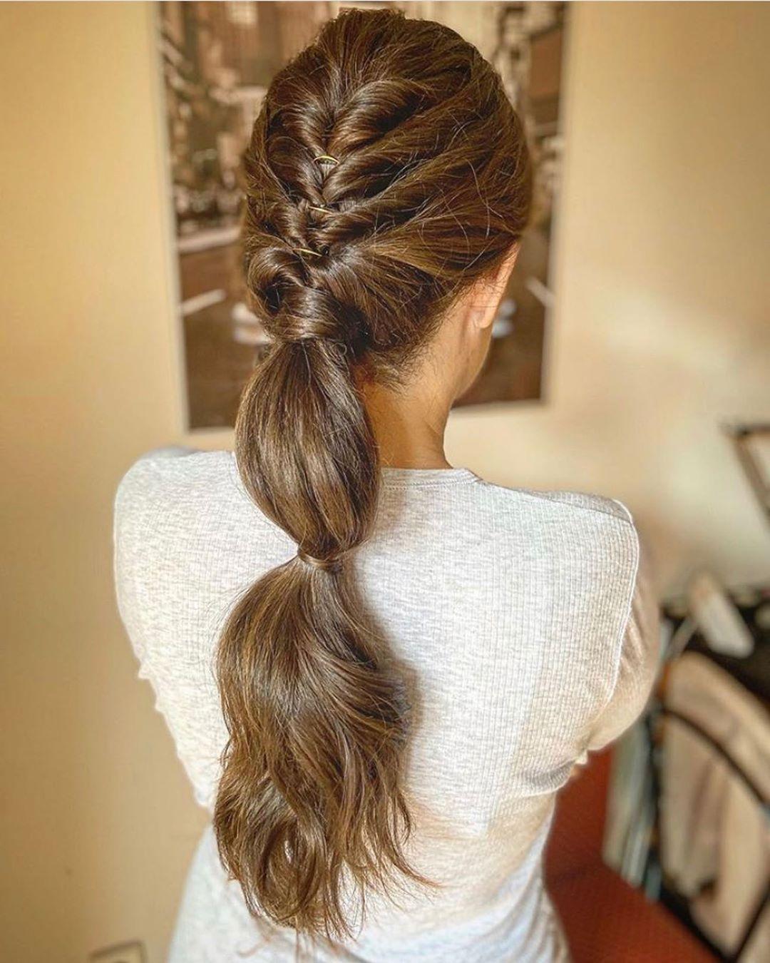 1 715 Me Gusta 28 Comentarios Invitada Trendy By Conde Invitadatrendy En Instagram Las Coletas Siempr Peinados Peinados Con Coleta Peinados Con Trenzas