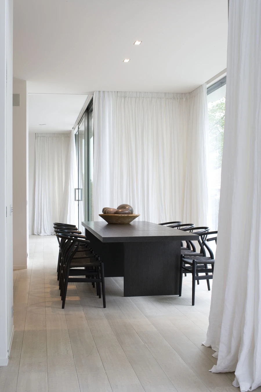 Best Of 500 Contemporary Interiors In 2020 Luxury Dining Room Modern Dining Room Interior