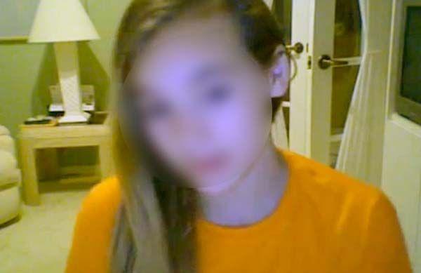 Girl send webcam to everyone — 14