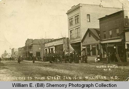 Williston, Busy Day on Main Street, N.D.