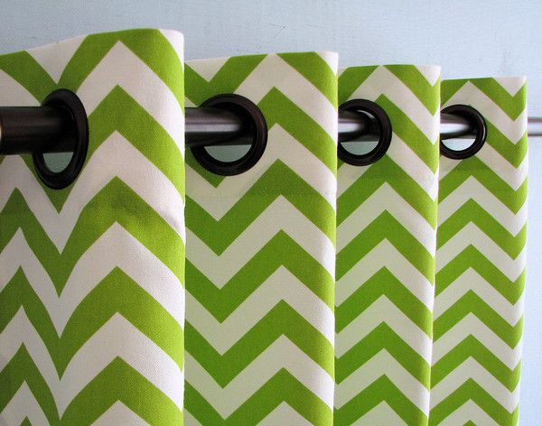 Attractive Shower Curtain Trends: Neon Colors Brighten Small Bathroom Space