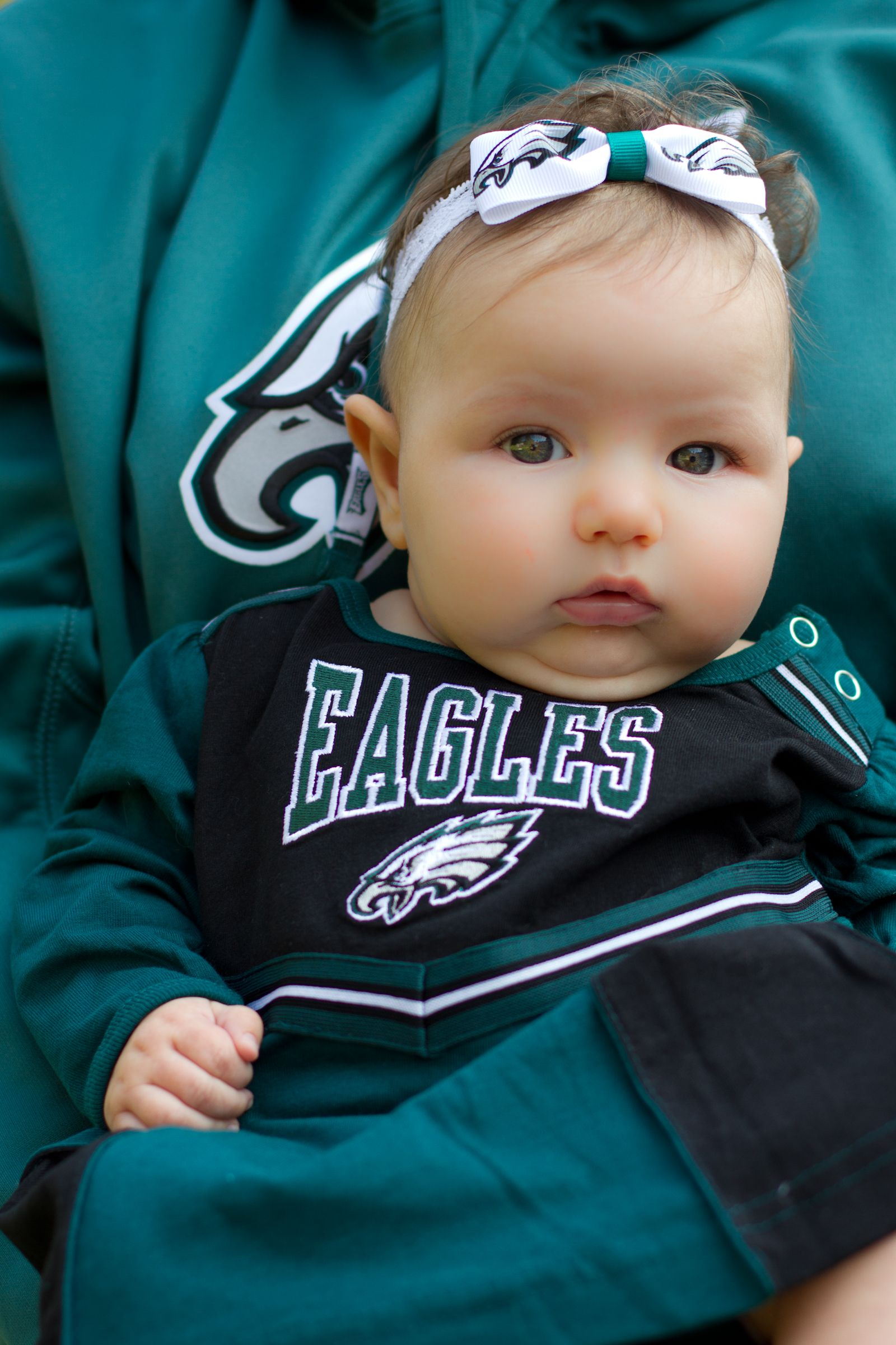 best cheap 67b07 38ce3 Eagles Baby Gear! Sean is a Big Eagles fan. lol for baby ...