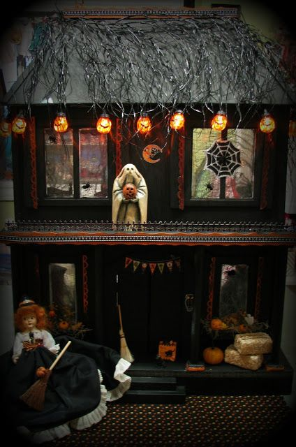 Musings from Kim K Tiny tweaksexterior lighting for the haunted - halloween decorations com