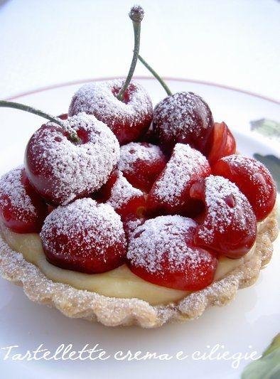 .Sweet Cherry Cottage