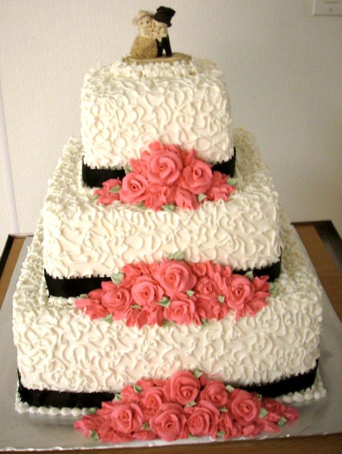 Sams Club Wedding Cakes | Three Tiered Square Wedding Cake   Cookies Fresco  Bakery