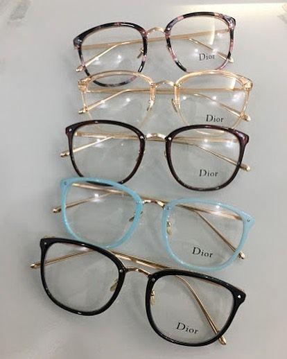 """1e043ff1c 68 curtidas, 11 comentários - Rare Style (@rarestylesunglass) no Instagram:  """"Linda armação Dior Suporta qualquer grau, super estilosa, charmosa e fina."""