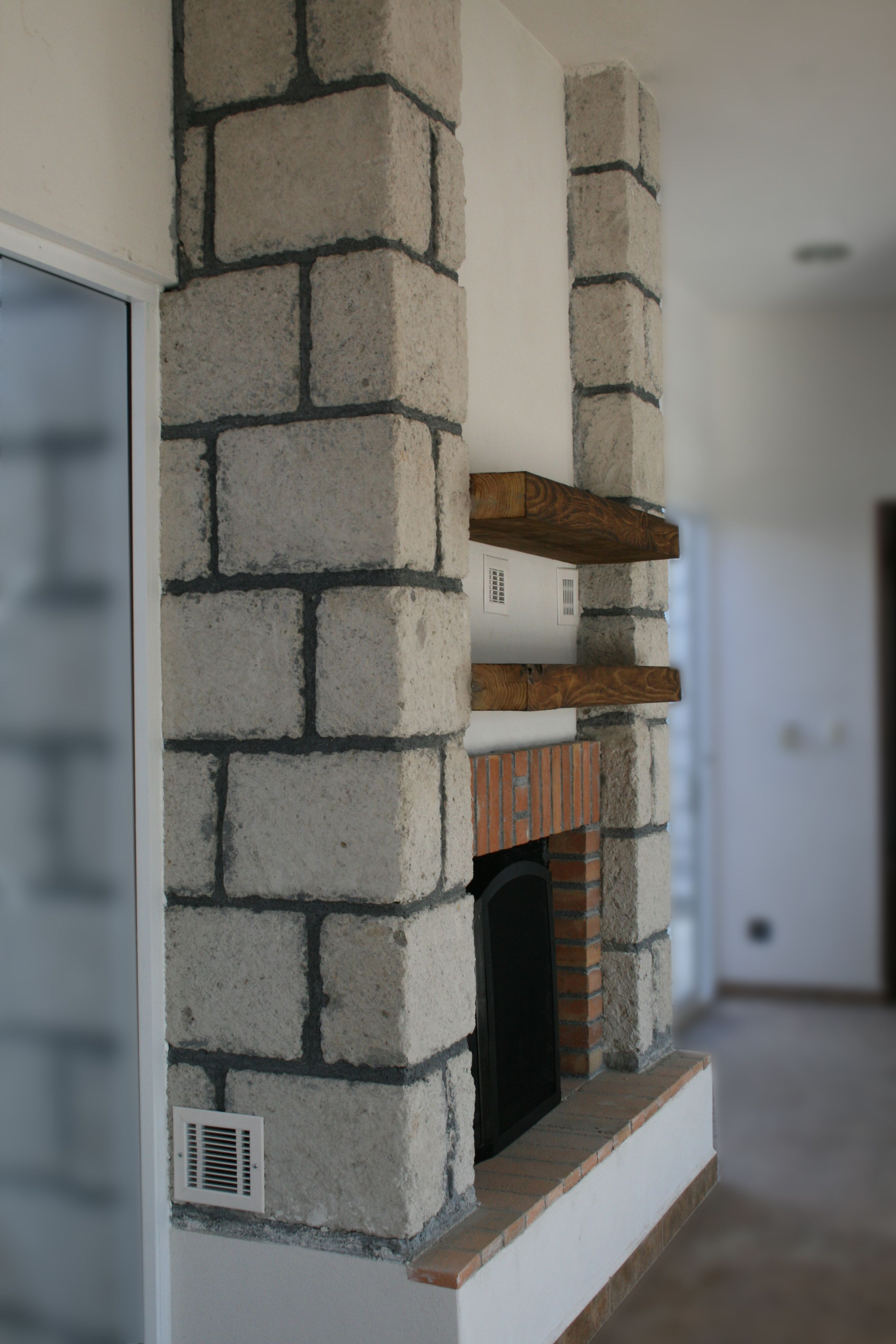 Beautiful mexican fireplace chimenea recubierta con - Chimeneas de ladrillo ...