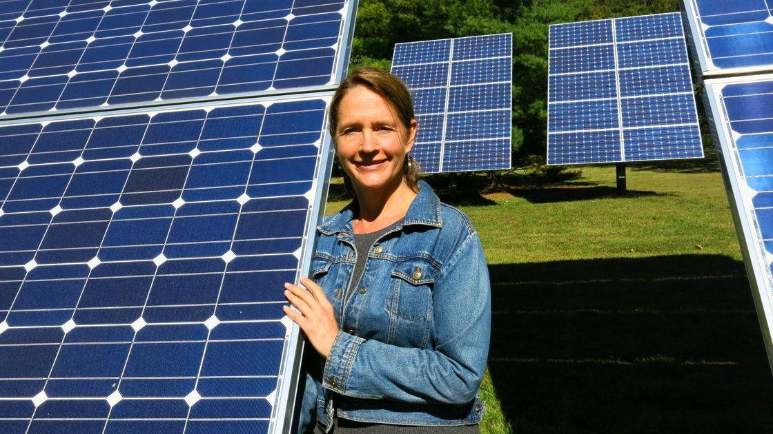 Solar Advocates Fight Utilities Over Grid Access Solar Solar Installation Solar Electric