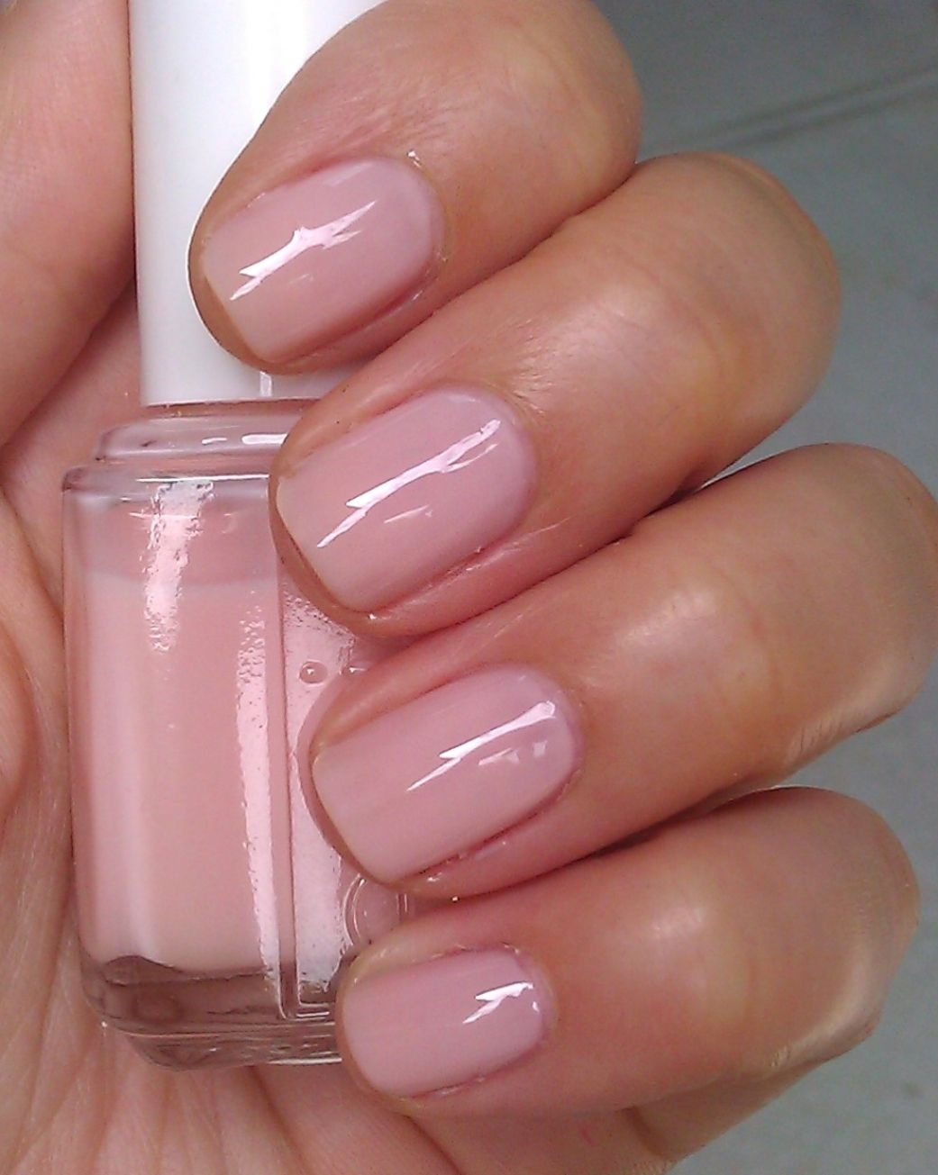 35 Trending Fall Nail Colors Of 2020 You Have To Try Out Beauty Home In 2021 Essie Pink Nail Polish Essie Nail Polish Colors Essie Nail Polish