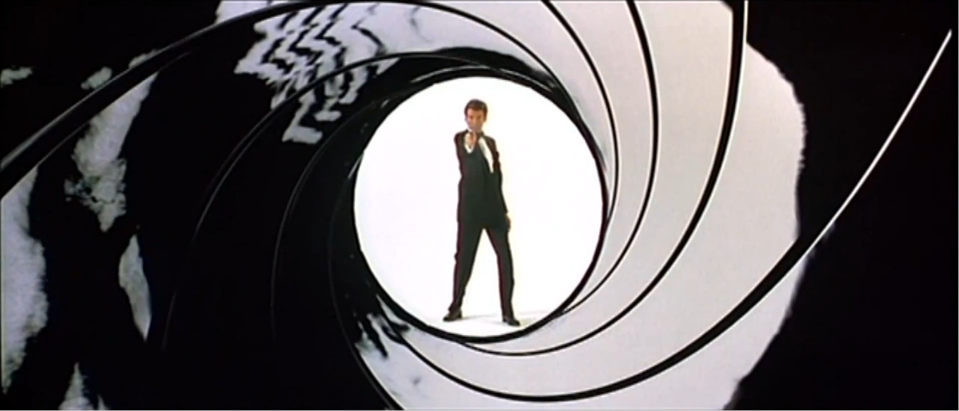 Pin By Gary Cook On Ultimate 007 James Bond Party James Bond Bond Movies