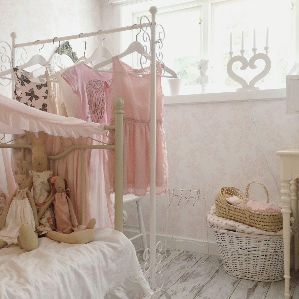 sovrum, barnrum, flickrum @vitaparadiset | barnrum | pinterest