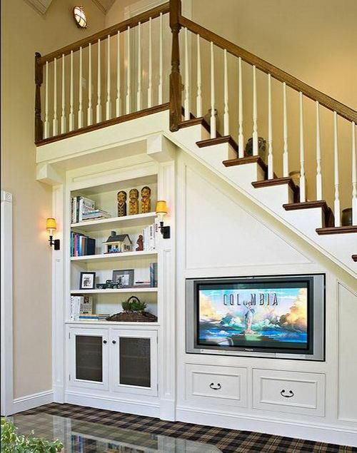 Rec Room Storage under stairs Pinterest Escalera, Decoración