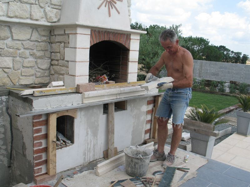 Comment construire un barbecue exterieur pinteres for Cheminee barbecue exterieur en brique