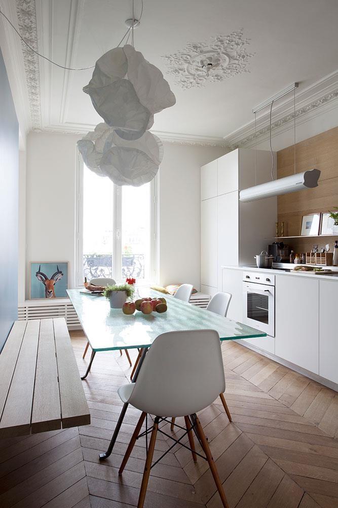 Cuisine d\u0027un appartement Haussmannien à Paris dans Appartement