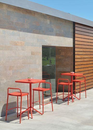 Meuble petite terrasse, balcon  fauteuil, chaise et table d