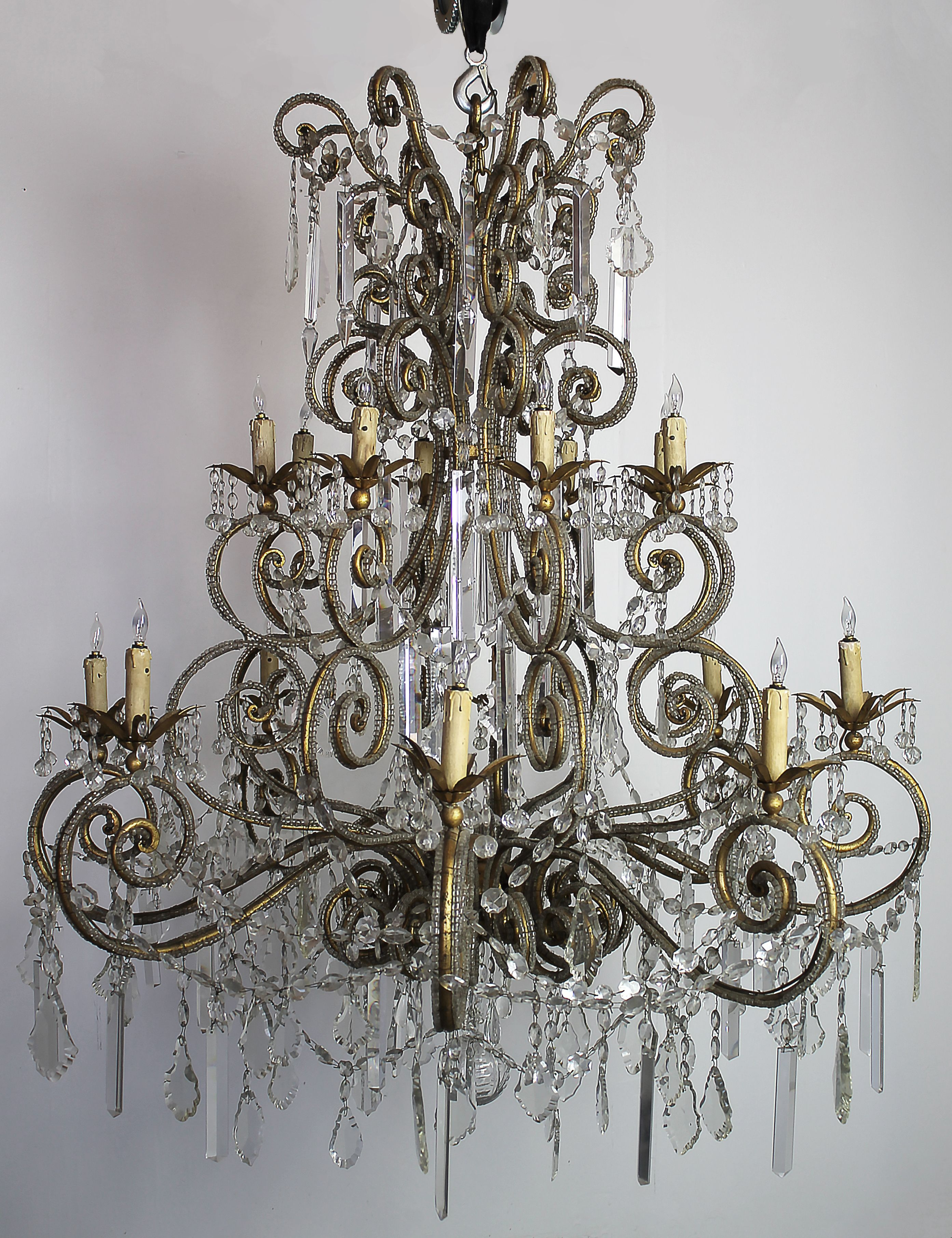 20th Century Large Macaroni Beaded French Style Chandelier With 16 Lights 10 996